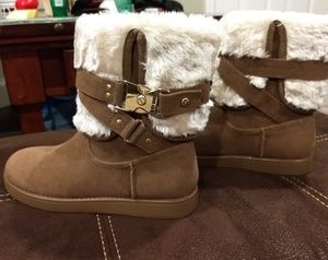 Brand new G by Guess Ashlee faux fur boot